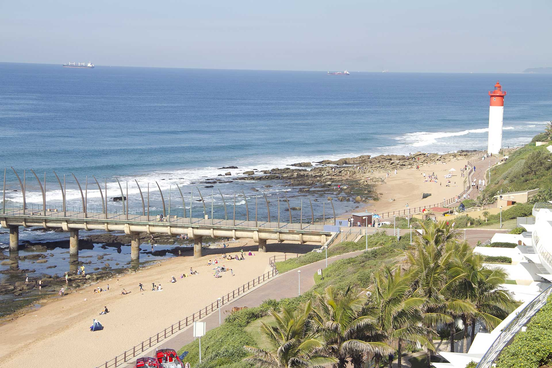Umhlanga-Pier-and-Lighthouse-